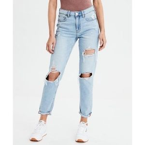 American Eagle High Rise Distressed Tomgirl Jeans